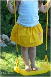 D 13 juin - jupe jaune brodée (5)