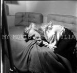 1949-05-09-LIFE_sitting-by_halsman-02-emotion-05-despair-021-4