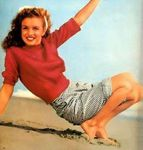1945_beach_sitting_red_pull_by_dd_020_03
