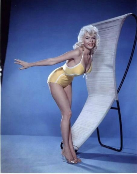 jayne_swimsuit_yellow-1957-pinup-01-2