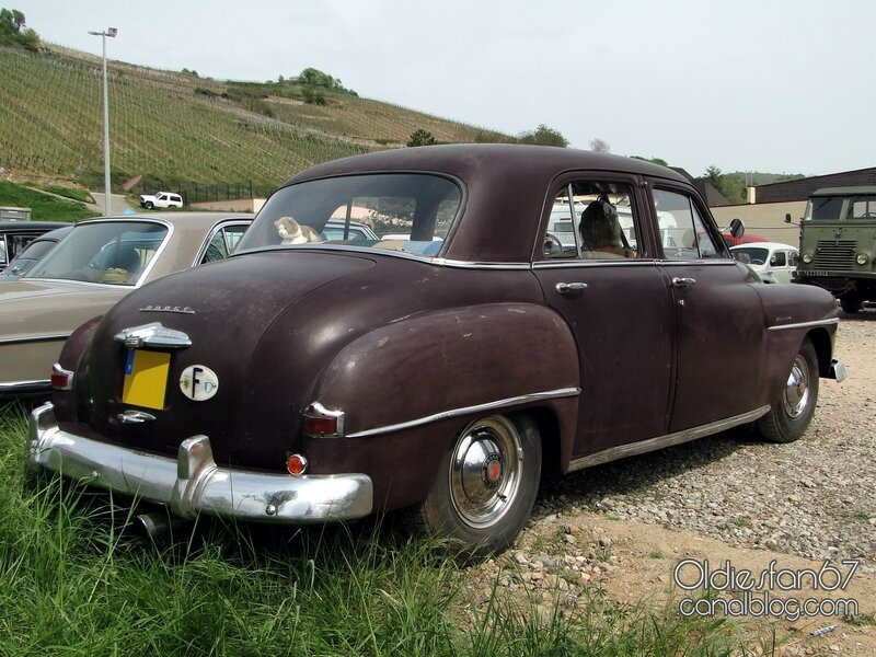 dodge-kingsway-custom-sedan-1952-2