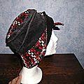 chapeau noir et rouge 2