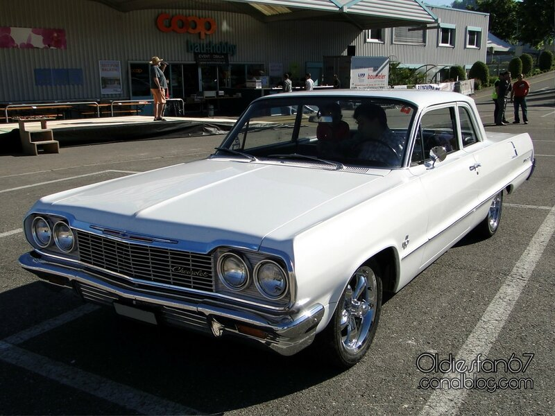 chevrolet-biscayne-2door-1964-01