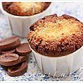 Gâteau moelleux au chocolat et à la noix de coco coeur crème de noix de coco
