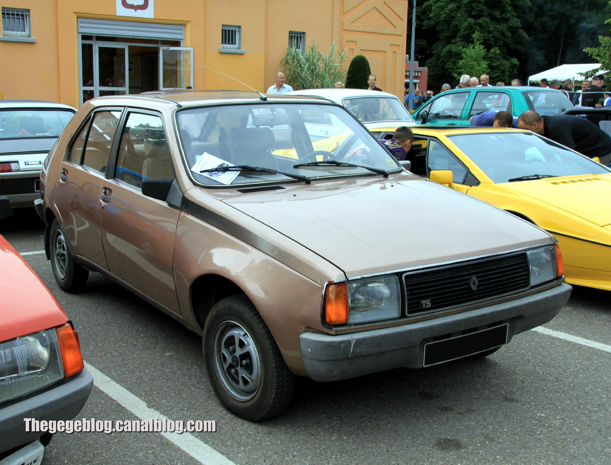 Renault 14 TS phase 2 (1980-1983)(Retrorencard aout 2013) 01