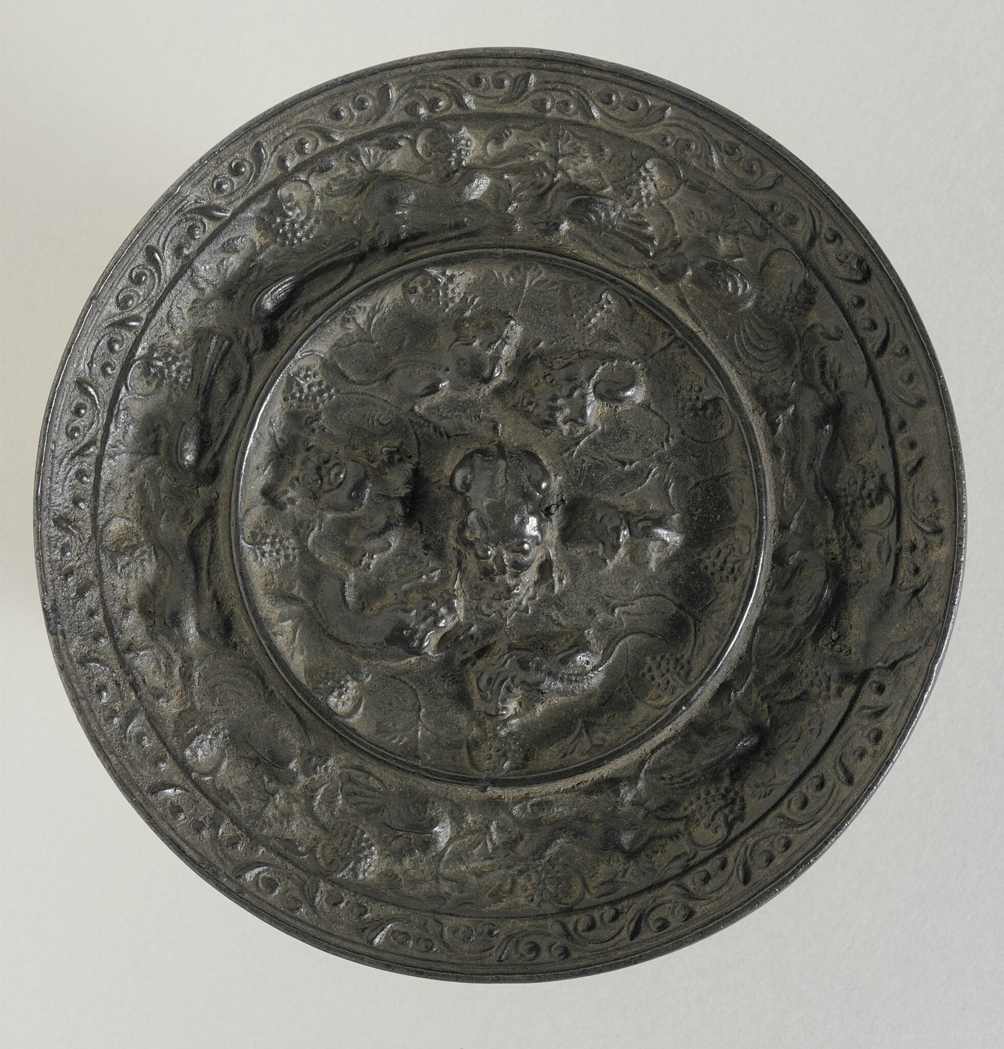 Mirror (Jing) with Lions and Grapes, China, Tang dynasty, 618-906