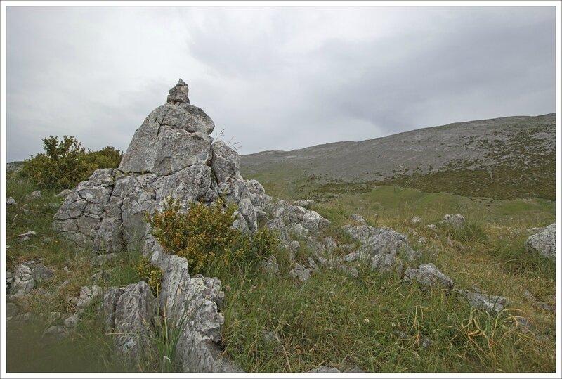 Haut Aragon 110615 CM GA 11 cairn