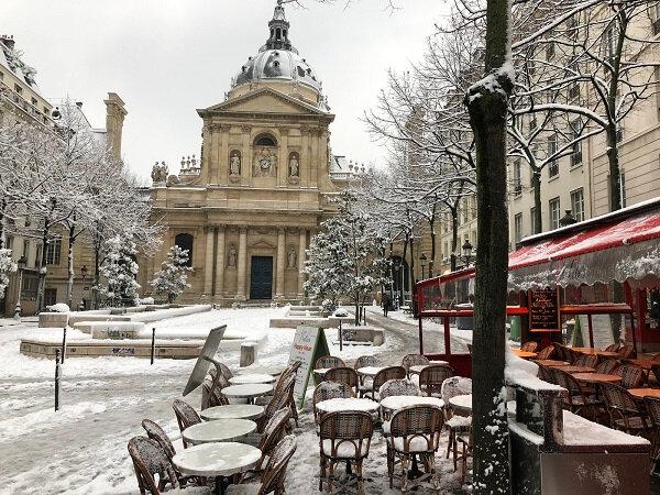 paris snow esther a paris