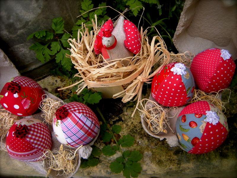 Oeufs de Pâques Version Rouge