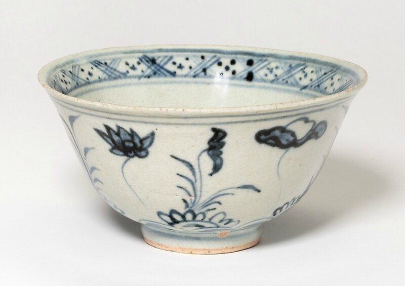 Bowl with Lotus Flowers, 15th century