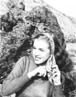 1946-08-CA-Castle_Rock_State_Park-sweater_red-by_william_carroll-010-1