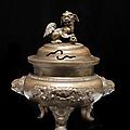 Grand brûle-parfum tripode couvert en bronze, indochine, vietnam, fin du xixème siècle