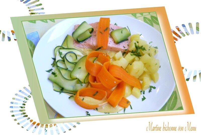 pavé de saumon, tagliatelles de légumes, sauce crémée au curry