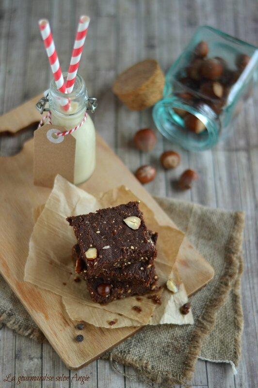 brownie vegan chocolat noisettes aux graines de chia 3