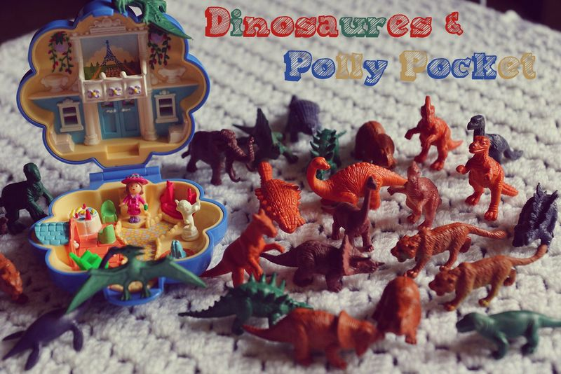 Dinosaures et Polly Pocket