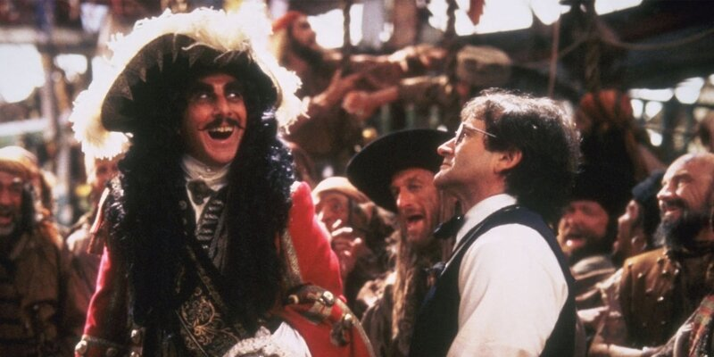 hook-ou-La-Revanche-du-Capitaine-Crochet-steven-spielberg-film-critique-dustin-hoffman-robin-williams