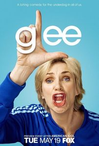 Poster_glee_6212438_510_755