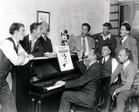 stemboat_johnny_cannon_walt_disney_burt_gillett_ub_iwerks_wilfred_jackson_les_clarks_jack_king_ben_sharpsteen_stalling
