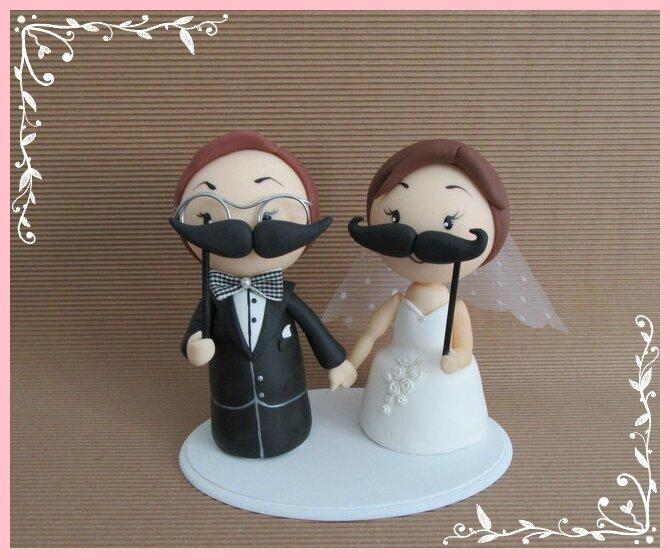 mariés en porcelaine froide, thème les moustaches