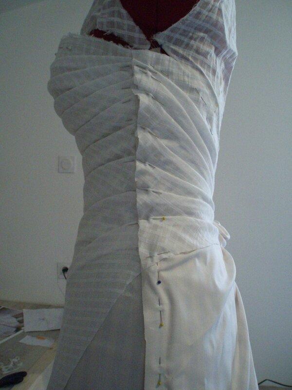 2014-04-20,robe Mady drap├® dos et tra├«ne (18)