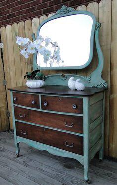 418da1f00bd9ff0d89c2775d96bebd26--furniture-refinishing-refinished-furniture