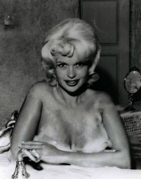 jayne_pink_palace-inside-bathroom-1963-a02-2
