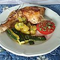 Cuisses de poulet au thym et pommes de terre aux courgettes
