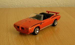 Pontiac GTO convertible de 1970 de chez Hotwheels 01