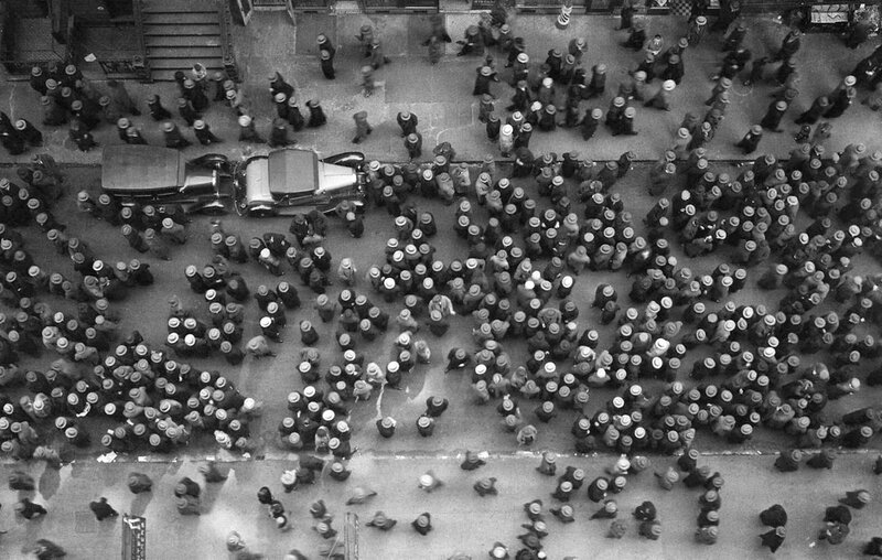 Hats-in-New-York,-1930