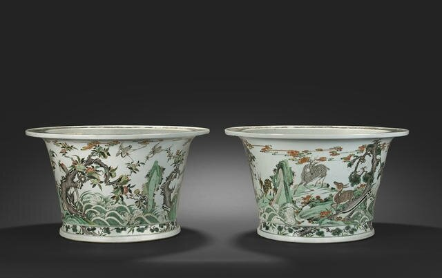 Two rare large wucai enameled jardinières, Kangxi six-character marks and of the period. Estimate US$ 60,000 - 80,000 (€44,000 - 59,000). Photo Bonhams.