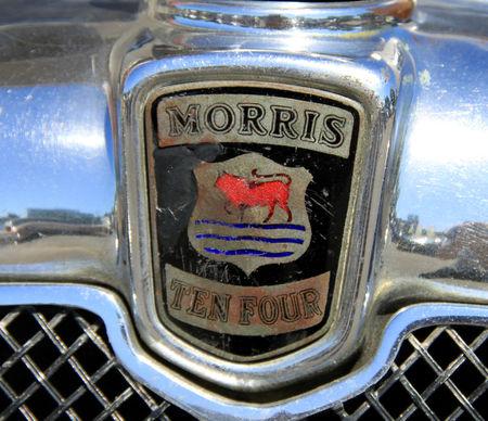 Morris_ten_four_saloon_de_1934__serie_1_1933_1935__RegioMotoClassica_2011__03