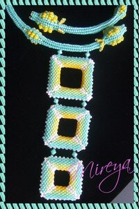 Collier_Bugs_2