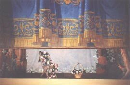 theatre_curtain_going_up_14k