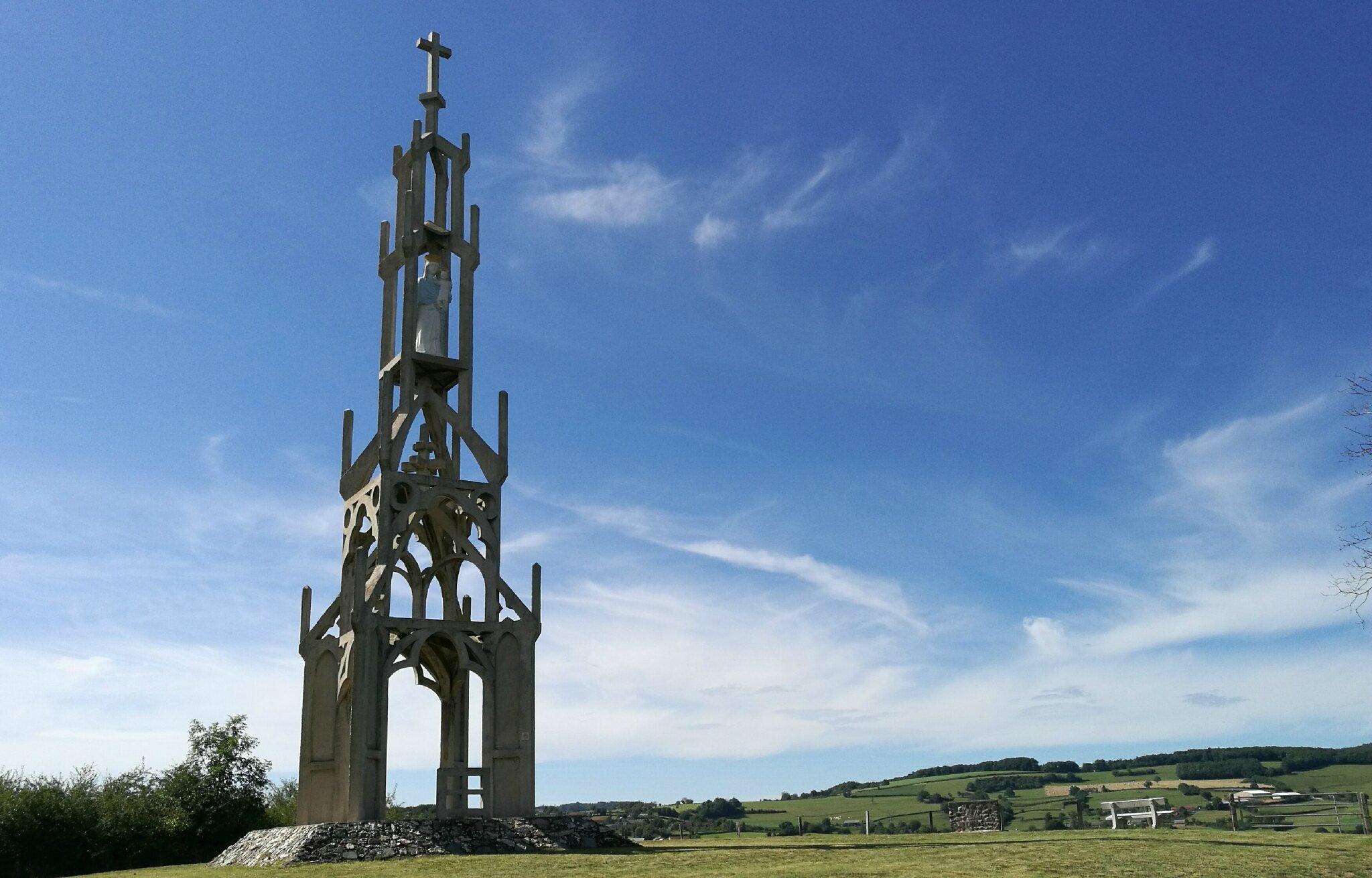 Chiddes, monument