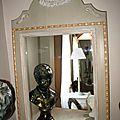 objets patinés et miroirs