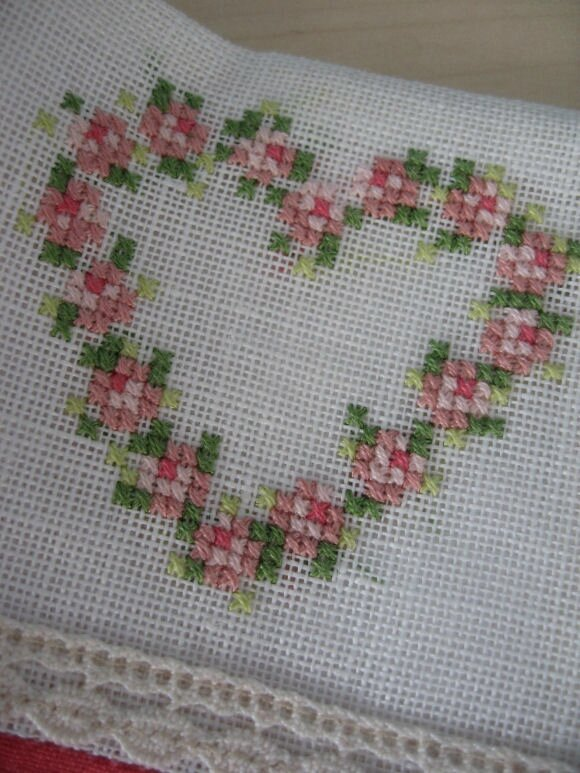 broderie-coeur-point-compte