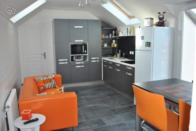 Studio Amenage En Gris Et Orange Photo De Mes Realisations