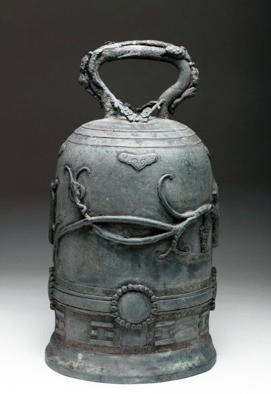 Bronze bell, China, Qing Dynasty, Ca