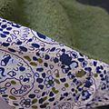 Chapeau AGATHE en laine bouillie vert olive - Doublure de coton écru imprimé fleurs bleues et vertes - taille 60 (3)