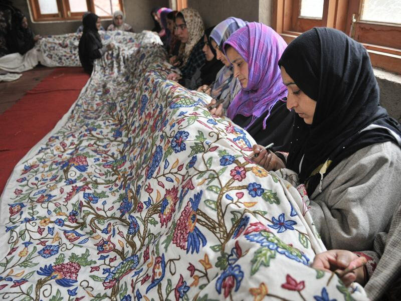 handicraft-hindustan-december-embroidery-srinagar-kashmiri-wednesday_3b092c1e-9e73-11e5-98be-8e4b0fa67469