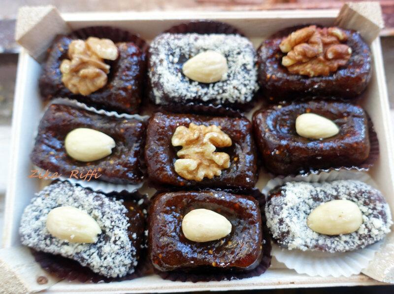 pâte figues mastic noix amandes 01