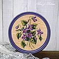 Cadre rond violettes