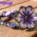 Bracelet fleuri violet