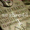 60-01_stèle Alain Gerbault à Vaitape
