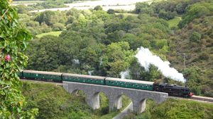 Corfe Castle tchou tchou train
