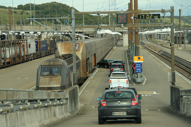 chargement-navettes-eurotunnel