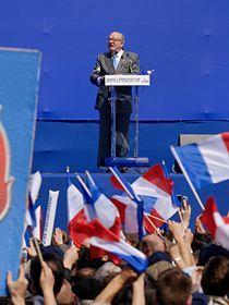 210px_Le_Pen_Paris_2007_05_01