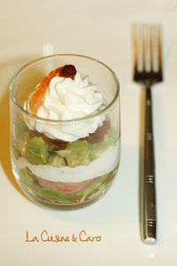 verrine_avocat_saumon_chevre_tomate