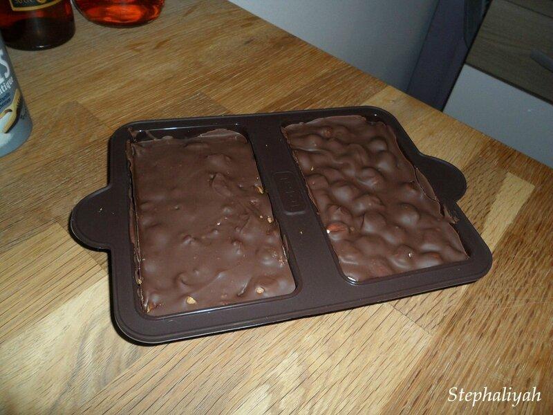 Tablettes de chocolat maison, minis chamallows et spéculoos -- 15 juillet 2015