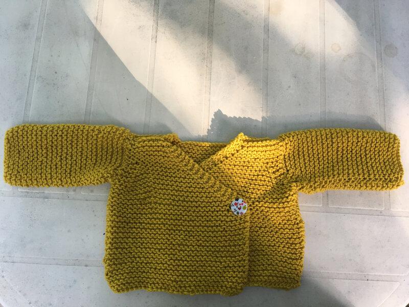 veste cache coeur 4pel point mousse phil merinos 6 absinthe phildar modele tricots intemporels pour bebes 12M 1